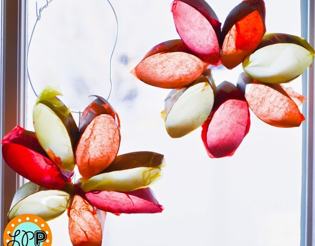 Sun Catcher Flowers with Toilet Paper Rolls (Kid Craft)