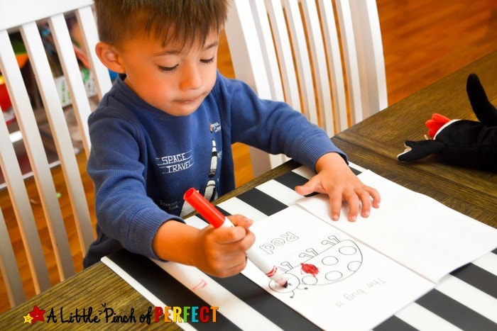 Color the Bug Free Printable Emergent Reader Book: Kids can color butterflies, bees, spiders… while learning to read colors and sight words. Comes in three versions (reading, pre-writing, coloring page, spring, preschool)