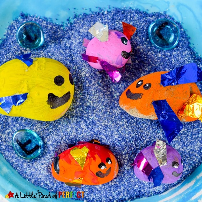 Painted Rock Fish Craft and Play Idea for Kids: Once kids are done crafting they can play with their cute fish craft in a sensory bin, garden, or pool of water. (ocean theme, summer, kids craft)