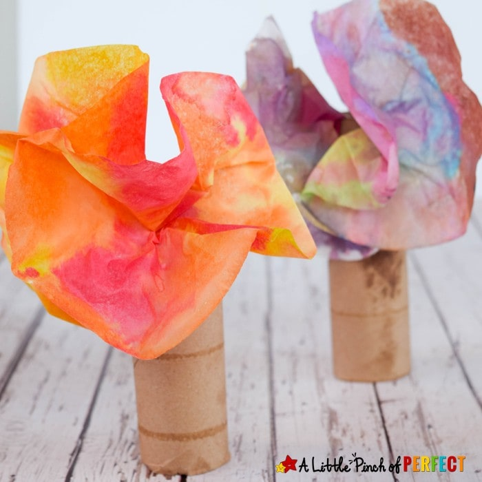 Colorful Fall Tree Coffee Filter Craft for Kids: Easy to make to decorate for fall or to make while learning about trees (preschool, kindergarten, autumn)