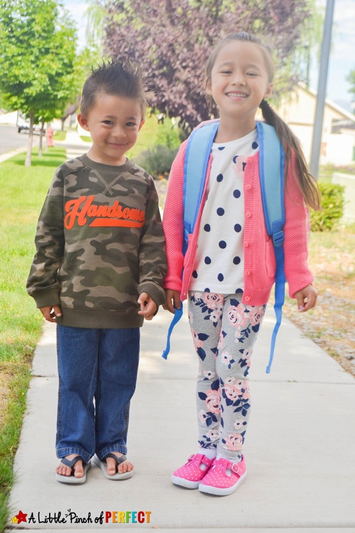 About Me: What I Like to Wear Craft and Free Template for Back to School. Kids can decorate 1 of 4 templates in their favorite clothes to display their personal style for all to see and get to know them. #kohls #firstdayeveryday (Back to School, Clothes, Preschool, Kindergarten, Free Printable)