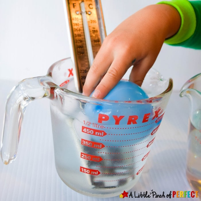 Hot & Cold Science Experiments: 6 different science activities for kids to learn about temperature and the difference between hot and cold including a free printable to go along with all the hands on activities. (#science)