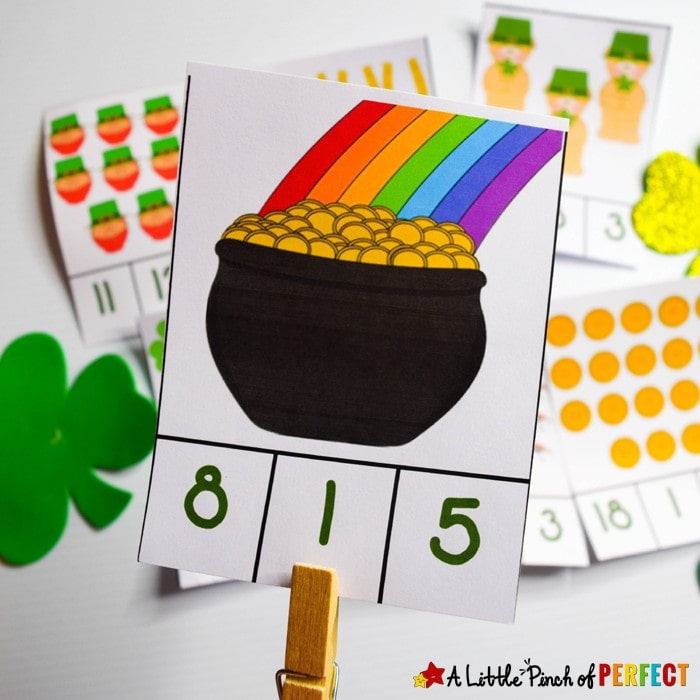 St. Patrick's Day Counting Clip Cards: Free printable counting card set with numbers 1-20 for children to clip the right number while working on number recognition, counting, and subitizing. (#preschool #stpatricksday #counting)