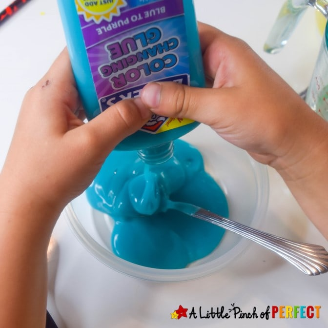 How to Make Color Changing Slime: Easy 4 ingredient slime recipe that makes stretchy and squeezable slime that changes color in the sun! (#Slime #kidsactivity #sensoryplay)