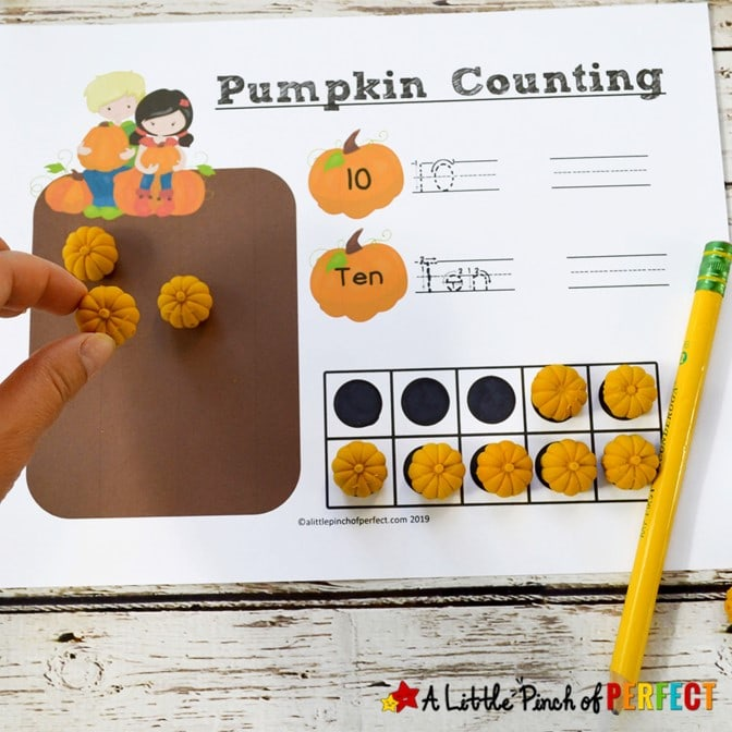 Free Printable Pumpkin Math Number Mats Kids Activity (#Math #Preschool #kindergarten #kidsactivity)
