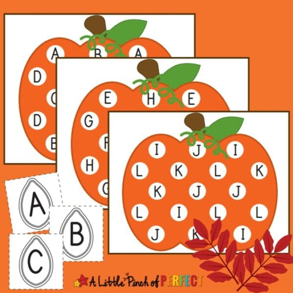 Pumpkin Letter Match Free Printable Kids Activity: Children will have fun finding the letters on the pumpkins as they learn the alphabet. #preschool #kindergarten #homeschool #alphabet